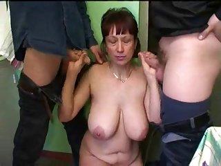Russian mature mom homemade gangbang