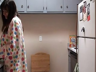 Mom Says Goodmorning