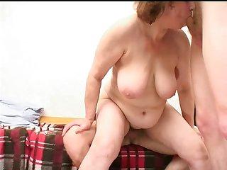 Mom with flabby body, saggy boobs &..