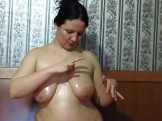 mature milf shows her big tits